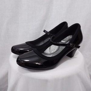 נעל עקב עם רצועה