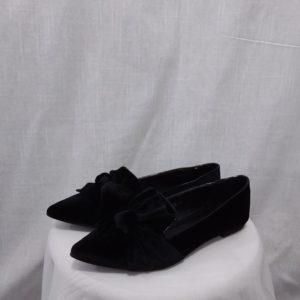 נעלי שפיץ קטיפה פפיון שטוחות