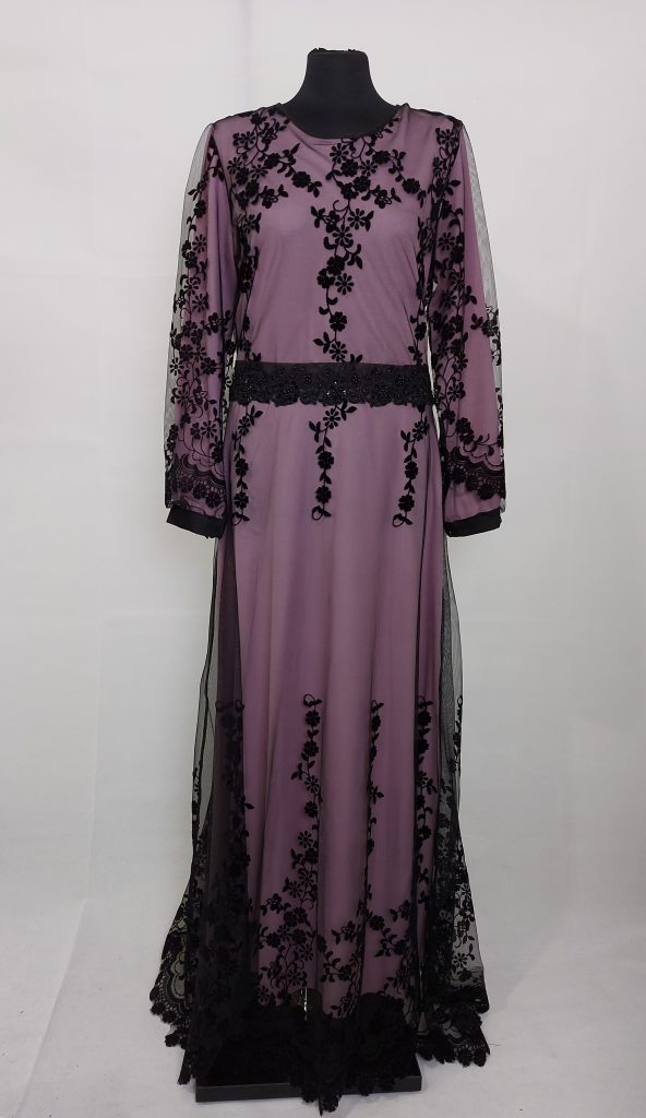שמלה אתנית עם תחרה